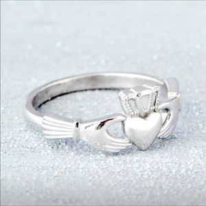 Jewelry - Sterling Silver Claddagh Ring